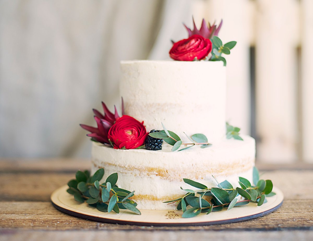 A vegan wedding cake